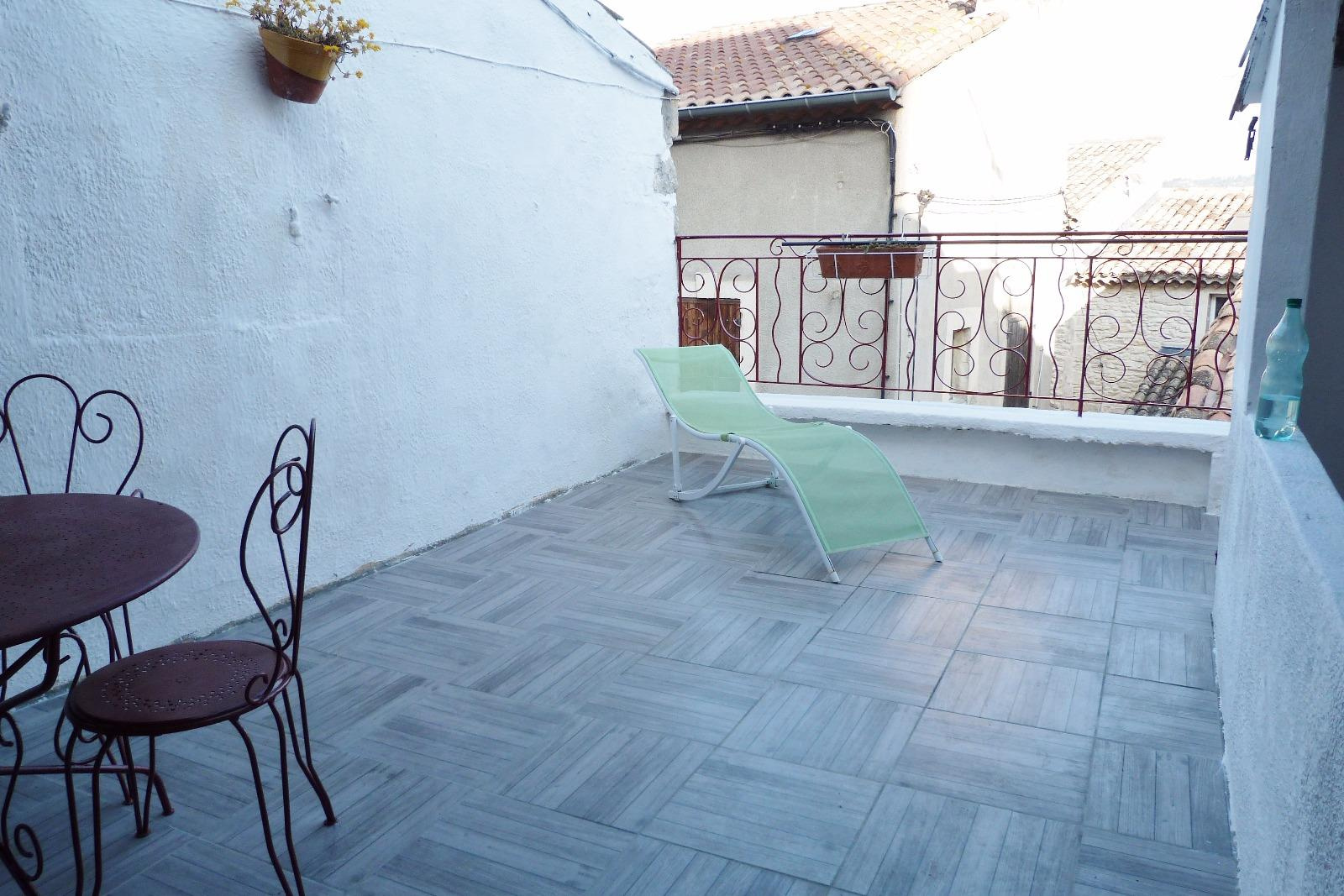 Annonce location appartement aramon 30390 35 m 522 for Assurance location meuble